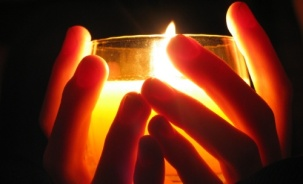 fingers candle_